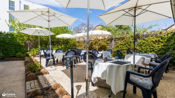 Terrasse - Restaurant Du Vieux Port, Versoix
