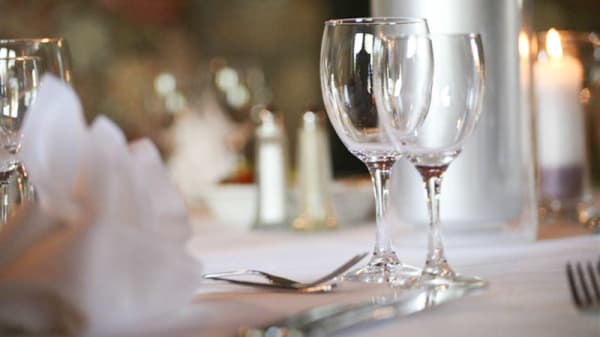 Détail table - Hôtel Manoir - La Table du Manoir, Bono
