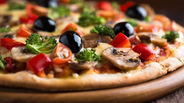 Pizza - Pizzaria e Cantina Monte Verde - Pamplona, São Paulo
