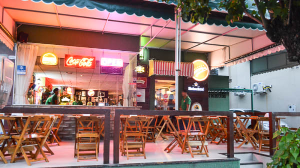 Esplanada - Barney's Burger - Aldeota, Fortaleza