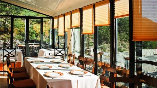 Vista sala - Hotel El Corzo, Puerto de Navacerrada