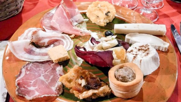 antipasti - Bio Agriturismo Aia del Tufo, San Valentino, Sorano