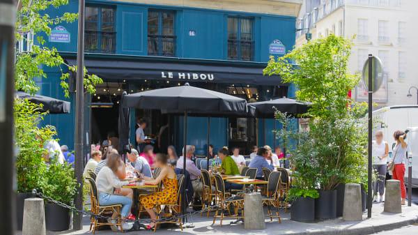 En terrasse - Le Hibou, Paris