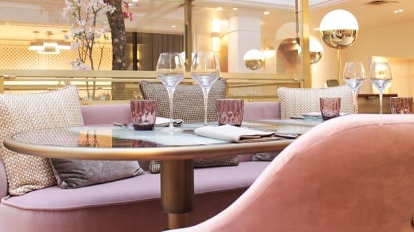 Salle du restaurant - Hôtel Scribe - Restaurant Le Lumière, Paris
