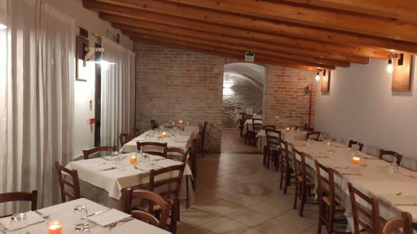 Sala interna e saletta - Osteria Del Frate Dalla Manica Larga, Dolo