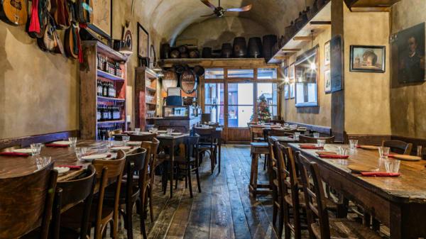Interno - Il Vivandiere - Cantina Vinicola, Firenze