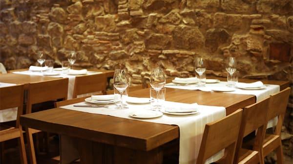 Sala - IRATI Taverna Basca, Barcelona