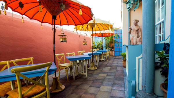 Terraza - Hotel Hacienda de Abajo - Restaurante El Sitio