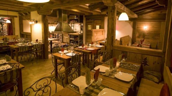 Salle du restaurant - La Marmite, Les Avanchers-Valmorel