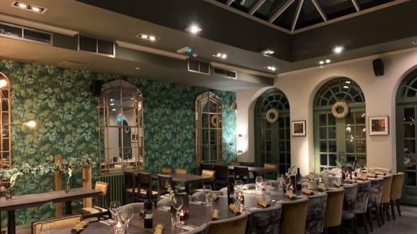 Restaurant - The Freemasons Arms, London