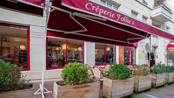 Devanture - Crêperie Follie's, Issy-les-Moulineaux