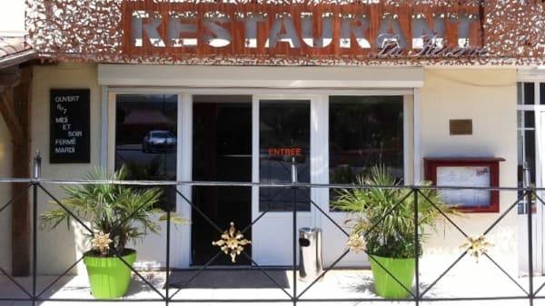 Devanture du restaurant - La Réserve, Le Bosc