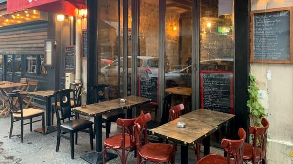 Façade - Chez Yohan, Paris