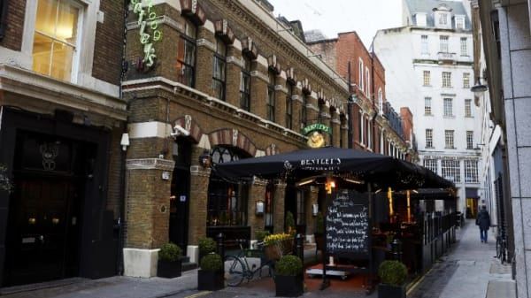 Bentley's Oyster Bar and Grill, London