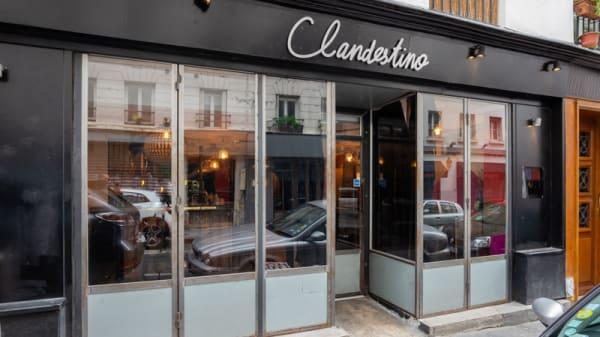 Entrée - Clandestino, Paris