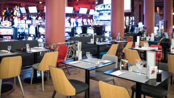 Vue de la salle - Le Plaza Café - Casino Barrière Deauville, Deauville Cedex