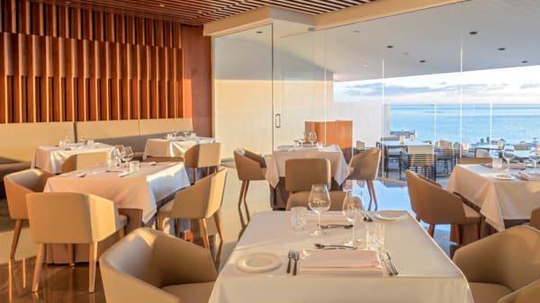 Vista sala - Maresía The Restaurant by Hermanos Padrón, Costa Adeje
