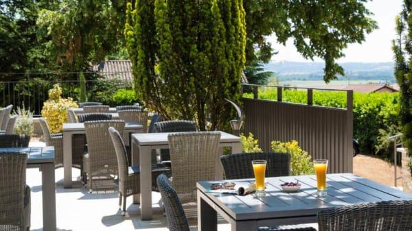 La terrasse du Cottage - Le Cottage de Clairefontaine, Chonas-l'Amballan