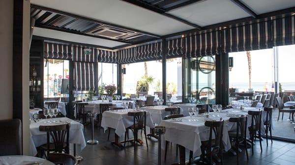 Vue de la salle - Café de la Plage-Restaurant Chez Pierre, Arcachon