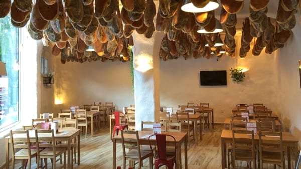 Sala del restaurante - Vallejo, Trevélez