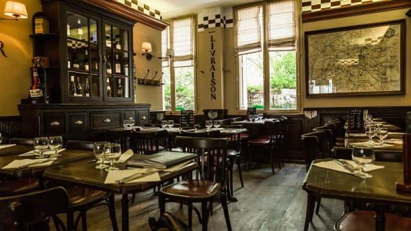 vue de la salle - Bar Du Marché des Blancs Manteaux, Paris