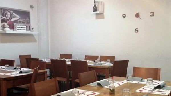 Interno - Ristopizzeria anema e core, Castel Volturno