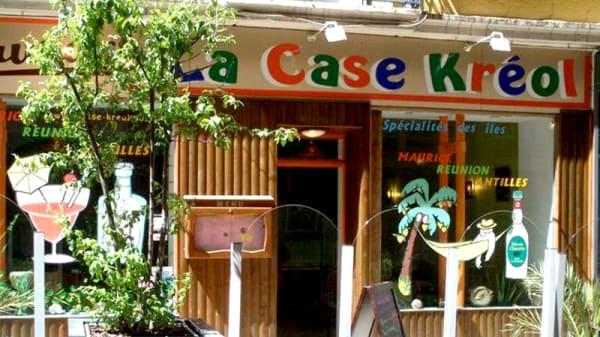 Devanture - La Case Kreol, Saint-Étienne