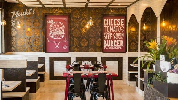 Vista del interior - Mouki's Burger, Molins De Rei