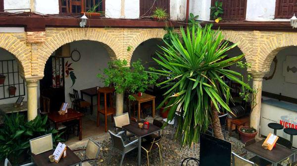 Vista patio interior - La Barbería, Córdoba