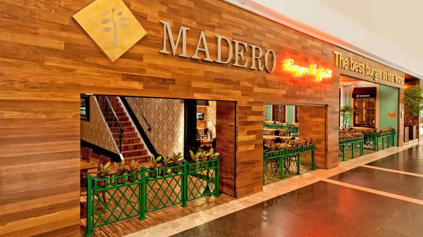 RW Fachada - Madero - Palladium, Curitiba