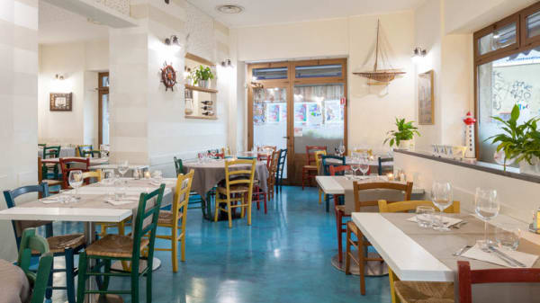 Salone ristorante - Pescato e Mangiato, Milano