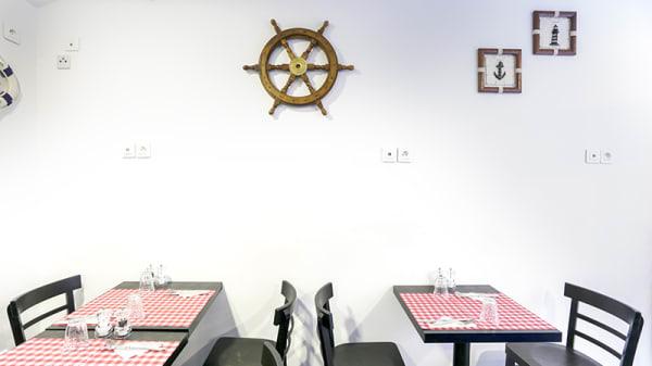 Vue de la salle - Crêperie Octopus, Paris