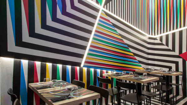 Vista sala - Healthy Color, Milan