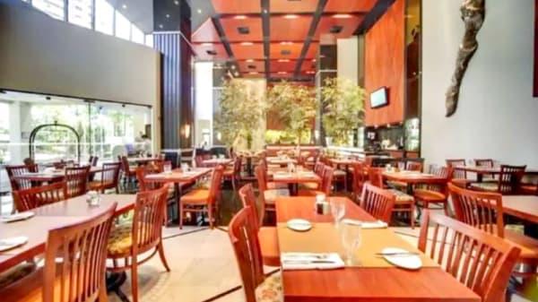 Vista do interior - Origens, Restaurante Do Hotel Radisson, Curitiba