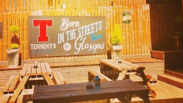 Our hidden gem 'The Jack Daniels Beer Garden' - Van Winkle, Glasgow