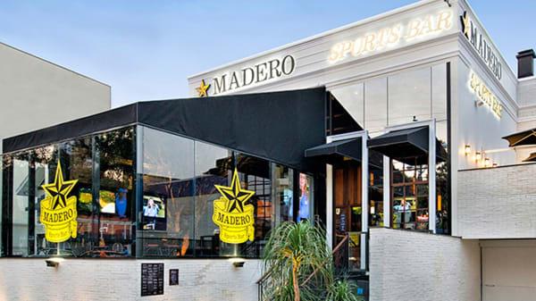 RW Facahada - Madero - Sports Bar, Curitiba