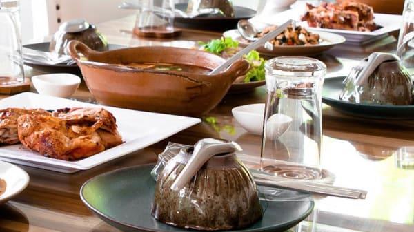 mat - Amira bar och kök, Solna