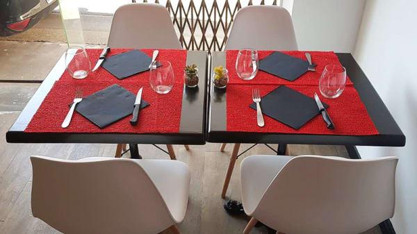 Détail de la table - Le Loustic, Lamalou-les-Bains