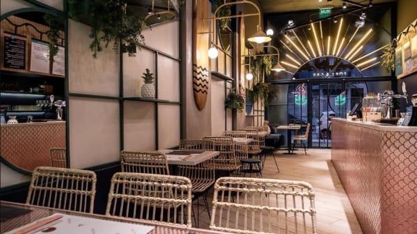 Interior Hana Poke & Bar - Hana Poke & Bar, Buenos Aires