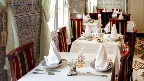 vue de la salle - La Table du Maroc, Arpajon