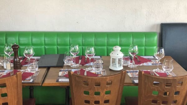 Table dressée - Brasserie du Commerce, Genève
