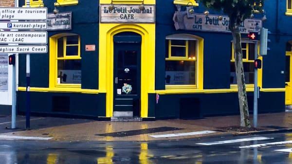 Façade du restaurant - Le Petit Journal, Dunkerque