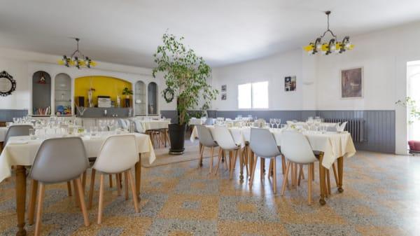 Salle du restaurant - La Table du Commerce, Auriol