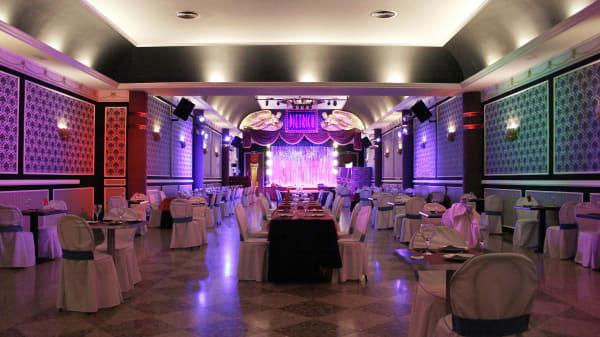interior  - Sala Dietrich Restaurant Show, Museros