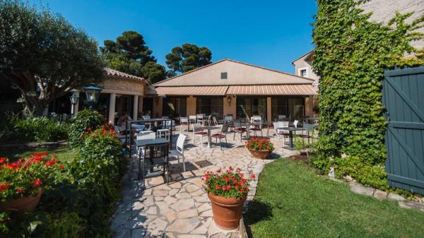 Terrasse restaurant La Vicomté - Hôtel Mercure La Cité - restaurant La Vicomté, Carcassonne