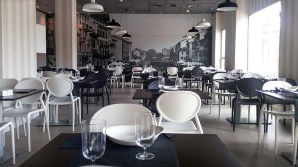 Sala - Mondo Italiano, Murcia