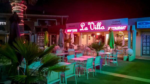 Terrasse du restaurant - La Villa, Saint-Raphaël