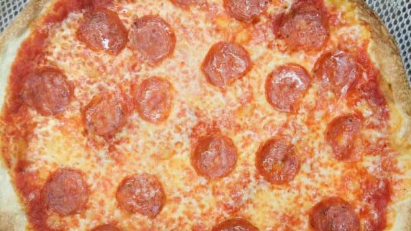 suggerimento pizza - Chiaro Scuro bar pizzeria ristorante, Camucia