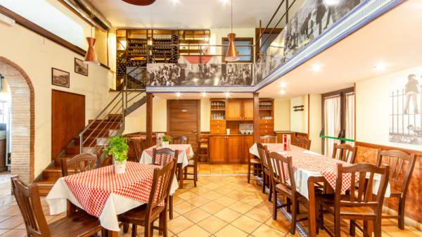 Vista sala - Ristorante e Pizzeria A Modo Mio, Casoria