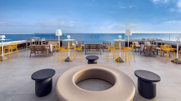 Allegro Moon Bar, Funchal
